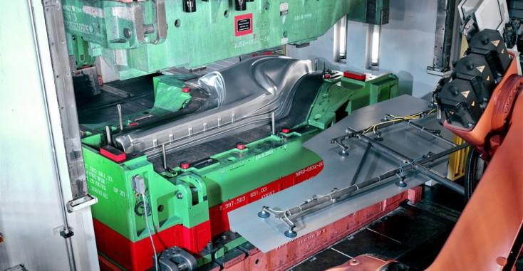 Maşini unelte (deformare plastică) şi prese